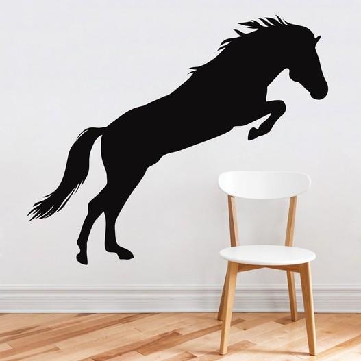Hest i spring