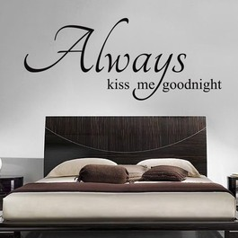 Kiss me goodnight wallsticker