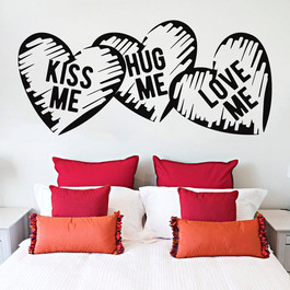 Kiss me Hug me Love me wallsticker