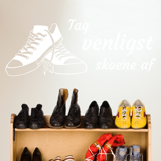 Tag venligst skoene af wallsticker