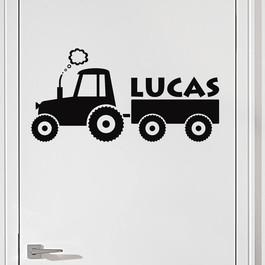 Traktor med navn wallsticker