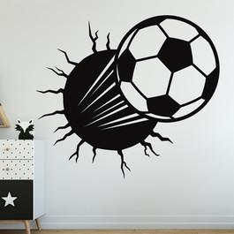 Fodbold igennem væggen wallsticker