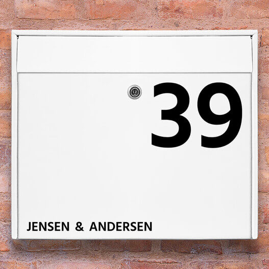 postkasse sticker – Stort husnummer med navn wallsticker til postkasse