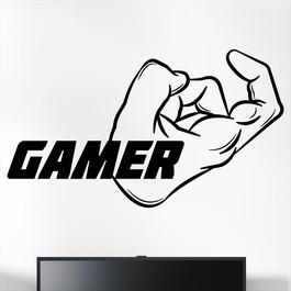 "Gamer wallsticker med teksten ""Gamer"" og en hånd med muskler. Sej wallstickers til børneværelset"