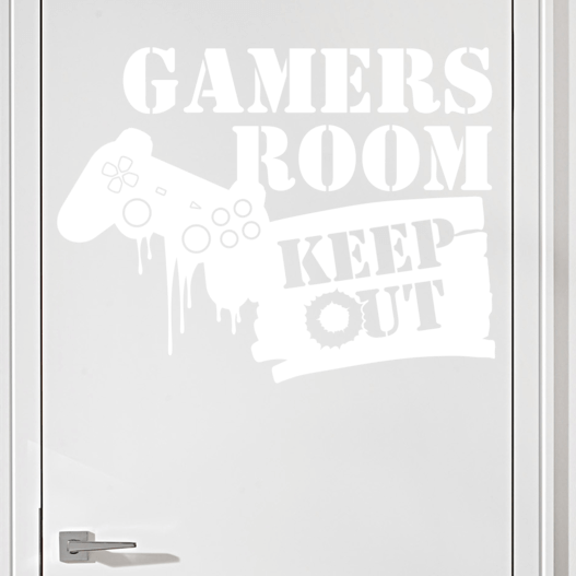 "Gamer wallsticker med teksten ""Games room keep out"" og konsol kontroller. Sej wallstickers til børneværelset"
