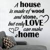 """Wallsticker med teksten """"A home is made of love"""". Flot wallstickers til bl.a. stuen."""