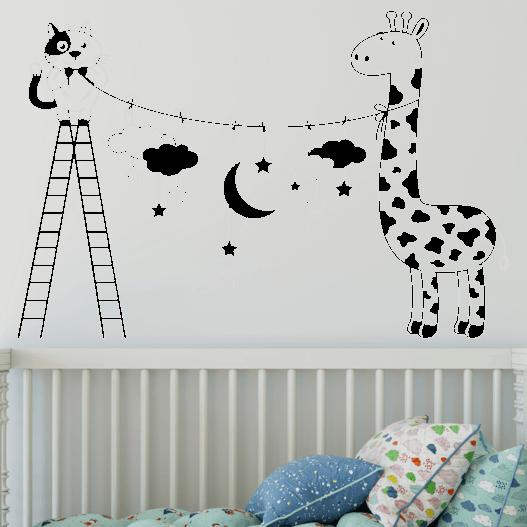 Giraf med stjenehimmel wallsticker. Sød wallstickers til børneværelset